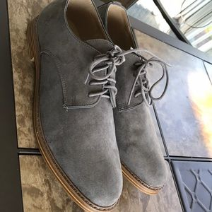 Old Navy Men's Oxford shoes gray faux suede 10,5